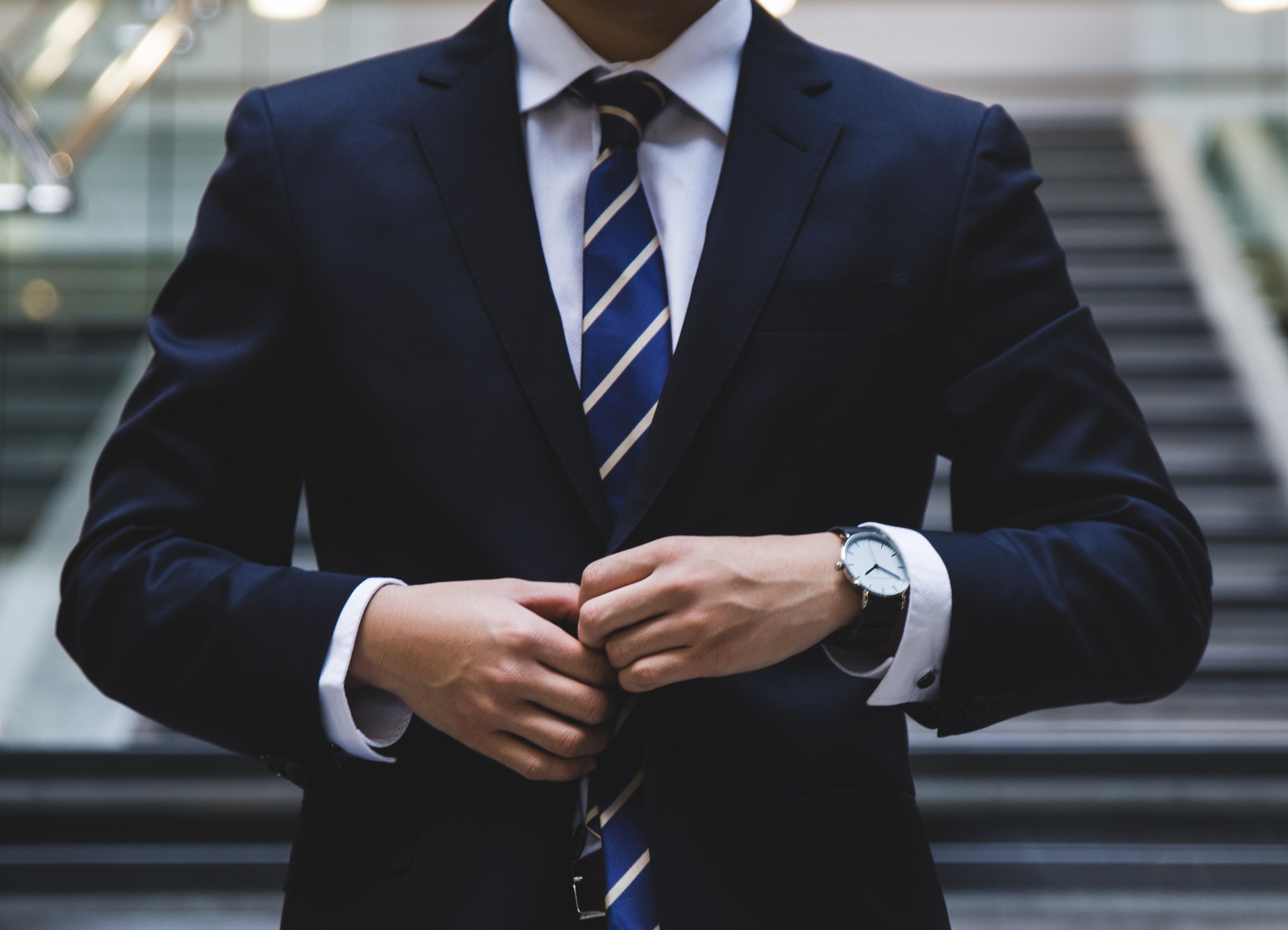 スーツのベストのボタンのとめ方を数別で紹介!着こなし・マナーを徹底解説!