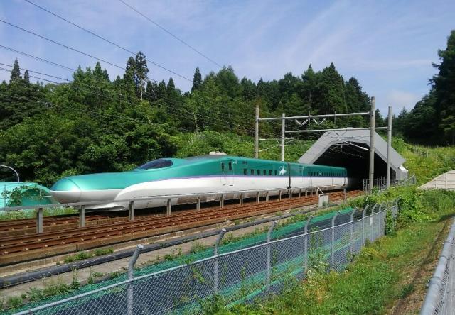 青函トンネルは車で通れる?フェリーの料金・時間・総距離も紹介!