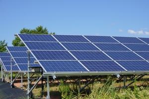 太陽光パネルの寿命・耐用年数はどのくらいか調査!劣化を防ぐ方法はある?