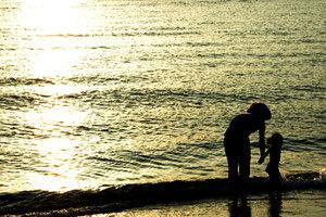 「慈しみ」の意味とは?慈しみ深い心を持つ性格の人の特徴も紹介!