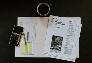 生前贈与にかかる税金まとめ!相続税の対策や計算方法・注意点は?