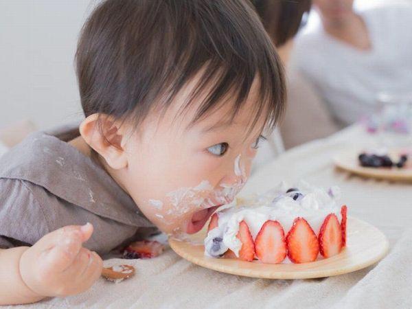 スマッシュケーキとは?手作りも出来るファーストバースデーの新定番をご紹介!