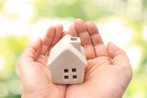 火災保険で台風被害を補償!補償範囲や補償額など注意点をチェック!