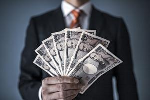 年収100万円の手取りはいくら?税金や生活レベルについても紹介