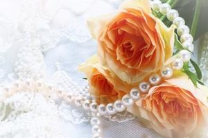 40代の結婚式での服装まとめ!ワンピースやパンツスーツのお呼ばれコーデ紹介!