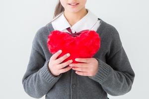 慕われる人の性格や特徴を詳しくチェック!言葉の意味や類義語なども紹介