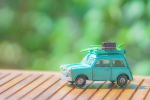 車の名義変更のやり方は?必要書類や費用など自分でやる方法を紹介!