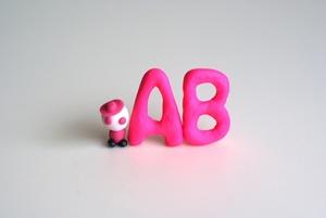 AB型のあるあるパターン!男女の性格や行動の特徴などをまとめて紹介!