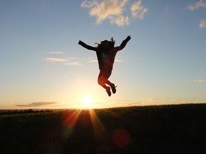 挫折とは?失敗との意味の違いや経験しやすい人の特徴・乗り越え方も紹介!