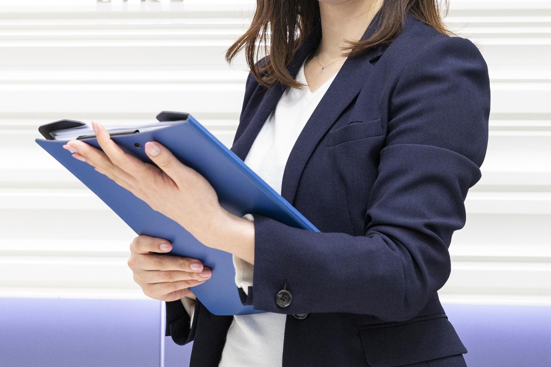 キャリアコンサルタントの難易度や国家資格の合格率は?費用や年収もチェック!
