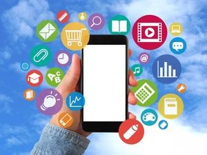 TikTokとはどんなアプリ?何が面白いのか・若者に流行中の理由を調査!