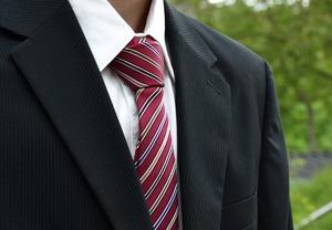しまむらのスーツがプチプラで人気!リクルート用や値段・口コミも合わせて紹介