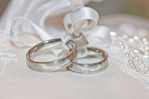 37歳独身女性の特徴とは?結婚・恋愛事情や婚活方法も紹介!
