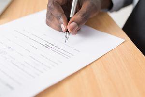 嘆願書の書き方とは?会社や交通事故などで使える効果的な例文もまとめて紹介!