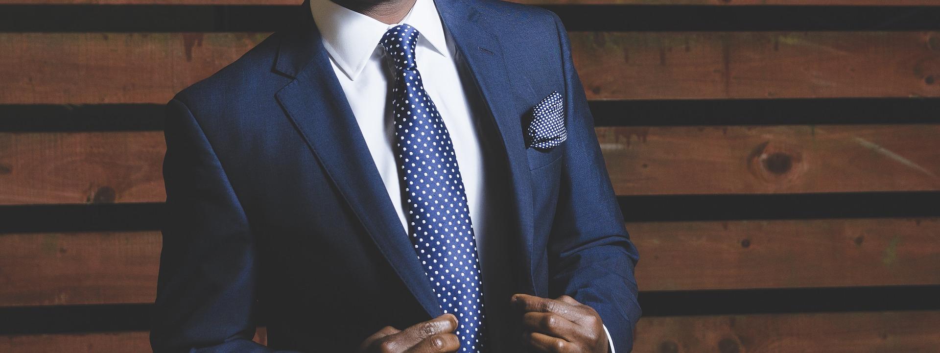 結婚式でのネクタイの結び方特集!簡単におしゃれにできるコツなどまとめ!