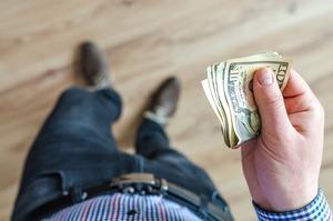 昇給なしの正社員は転職すべき?給与を上げる方法やメリットはあるのか調査!