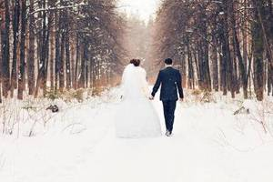 冬の結婚式の服装をチェック!おしゃれコーデのコツやマナーなどをご紹介!