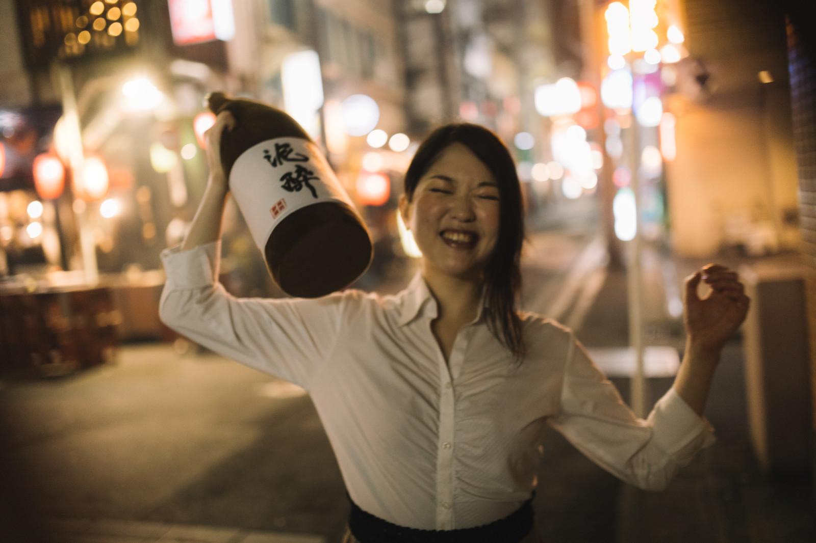 やけ酒の意味とは?やけ酒したくなるときの心理や原因を詳しく紹介!
