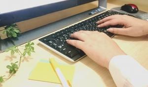 「業務にあたる」の意味と使い方を解説!敬語表現や同義語での言い換えも!