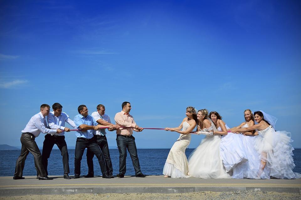 結婚の平均年齢はいくつ?男性と女性の中央値や適齢期もチェック!