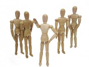 カリスマ性がある人の特徴は?手相や職業など共通点やオーラの作り方を紹介!