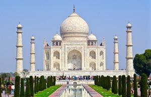 インドの公用語は何語?使われている言語の数や歴史を徹底解説!