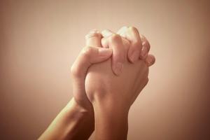 「切に願う」の意味や使い方まとめ!敬語・類語・英語表現までまとめてチェック!