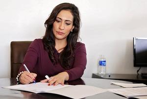 推薦書の書き方まとめ!就活・昇格のための例文・書式や押さえるべきポイントは?