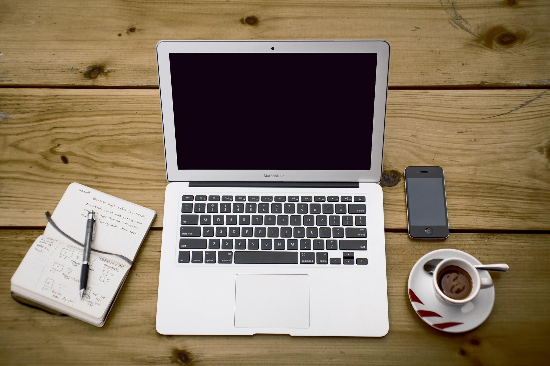お礼メールへの返信の書き方まとめ!ビジネスや就活で役立つ例文も紹介