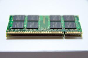 Macのメモリ増設方法は?交換手順やメリットに注意点まで詳しく解説!