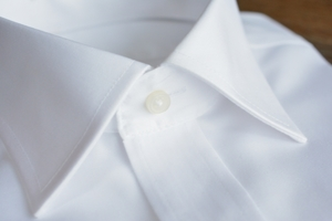 結婚式でのワイシャツマナーまとめ!色や襟などおしゃれになる選び方も!