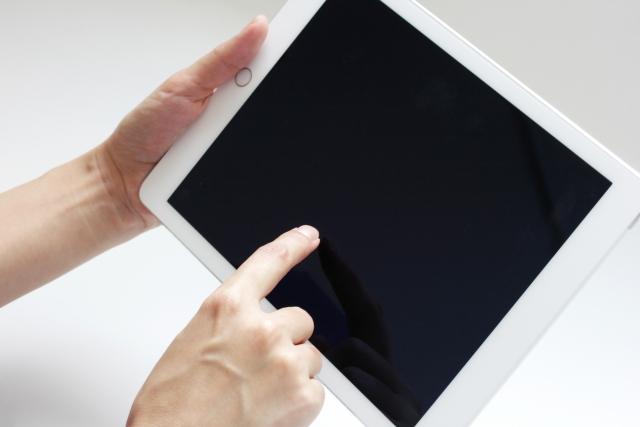タブレットで電話番号の取得方法は?LINEなど通話できるアプリも紹介!