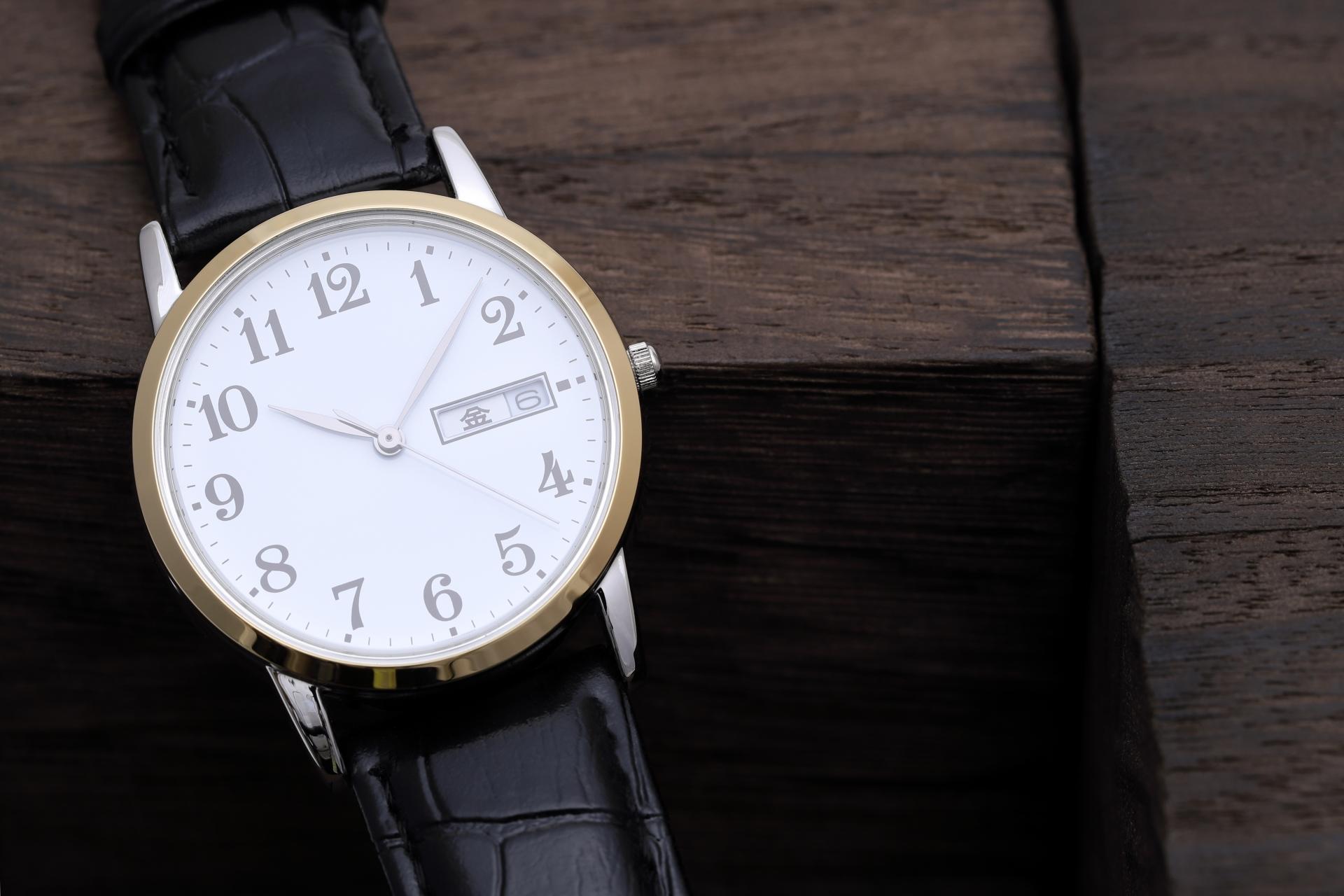 就活におすすめな時計特集!面接で好印象を与えるものの選び方は?