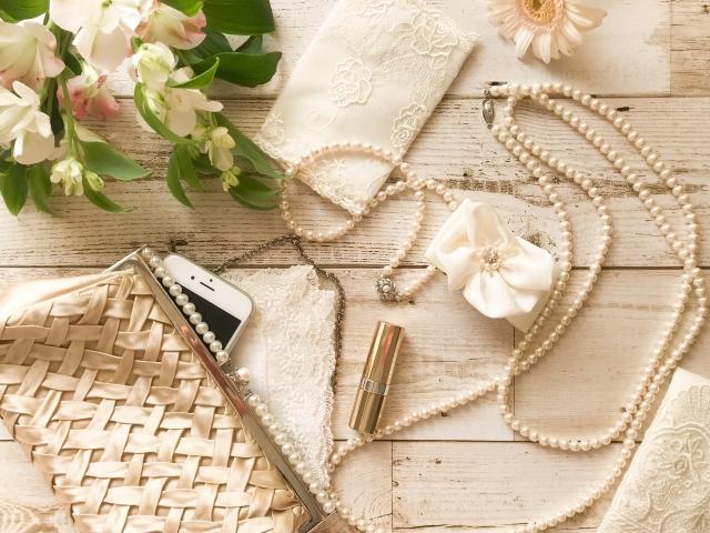 結婚式ゲストの持ち物は?必須なものやあると便利なものも紹介!