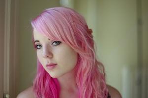 インナーカラー向けのヘアアレンジを紹介!長さ別の簡単なやり方は?