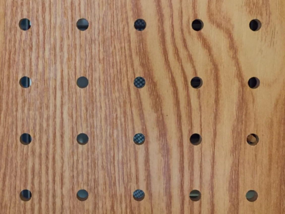 パンチングボード(有孔ボード)でおしゃれに収納!DIYアイデアや活用法も紹介