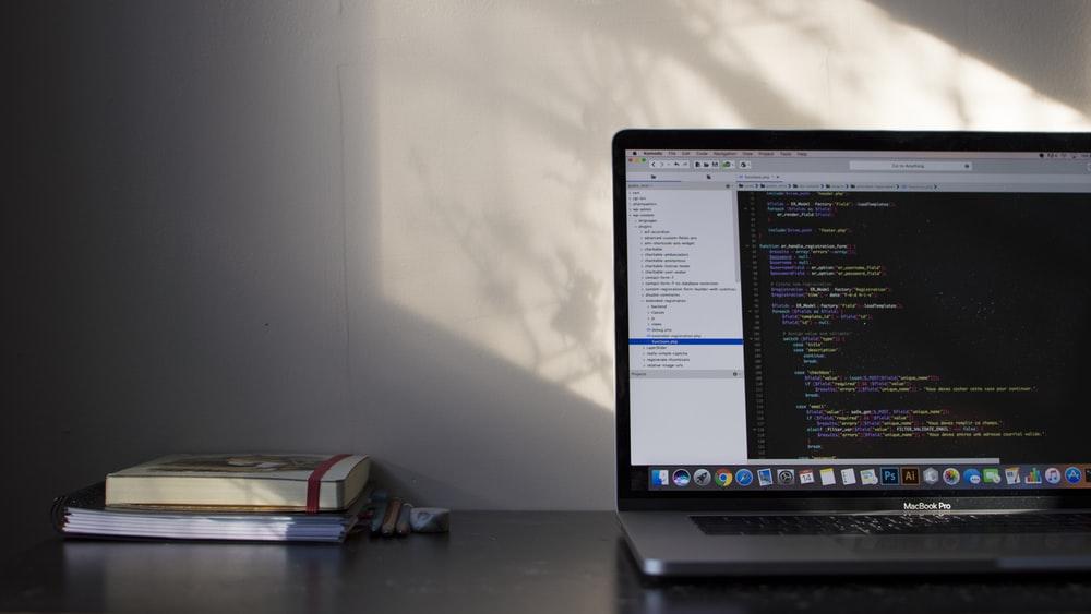 Pythonのチュートリアルが学べるサイトを厳選!初心者向けのおすすめは?