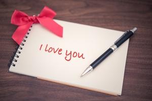 片思い中に使いたい英語フレーズまとめ!告白など気持ちを伝える恋愛表現は?