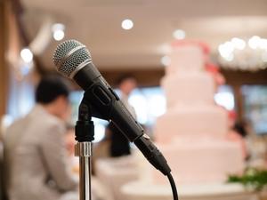 結婚式での友人スピーチの感動する例文まとめ!面白い構成やマナーも!
