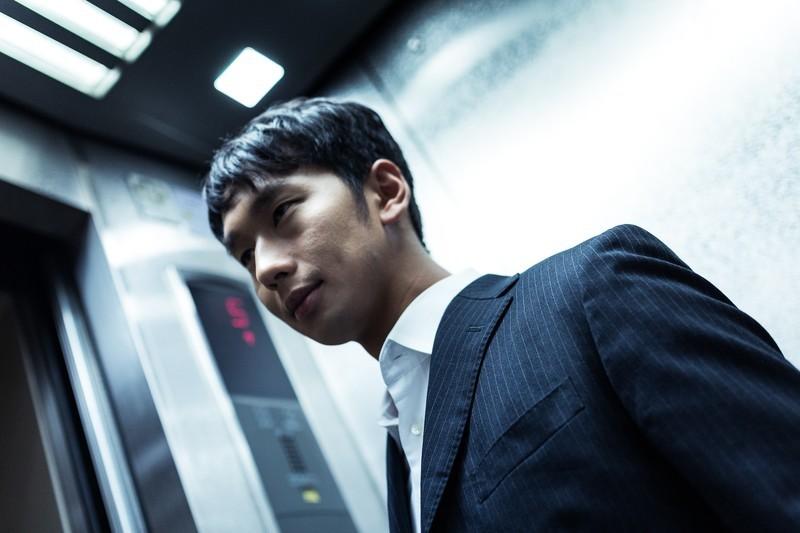 エレベーターのビジネスマナーまとめ!乗り降りの順番や上座・下座の場所など紹介
