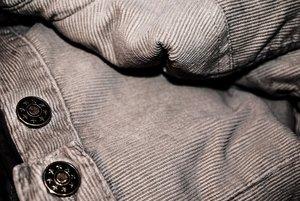 コーデュロイパンツのおすすめコーデまとめ!人気ブランドや洗濯方法も紹介!
