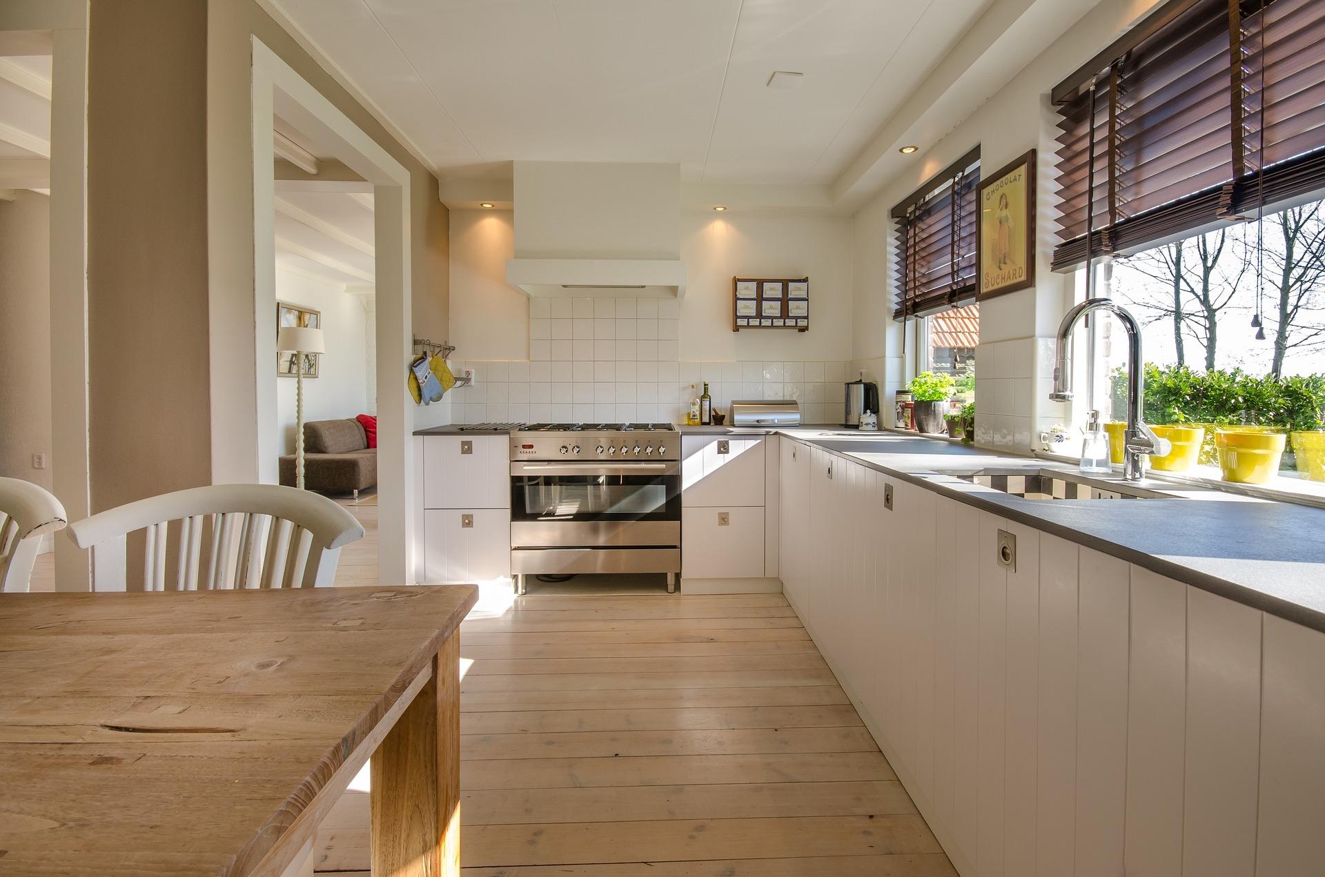 キッチンテーブルのおすすめを厳選!一人暮らし向けや作業台に使えるアイテムも!
