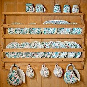 カラーボックスを食器棚に使おう!DIYに使える100均グッズもチェック!