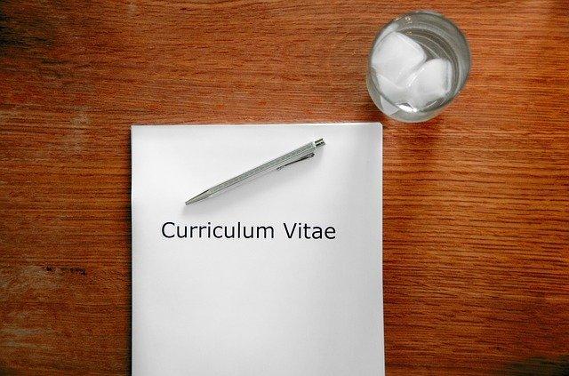 履歴書にアルバイト経験は必要?職歴欄の書き方や上手なアピール方法も紹介!