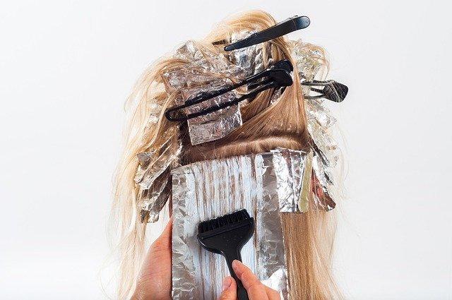 緑系の髪にしたい人必見!おすすめのグリーンヘアや色落ち後の様子をチェック!