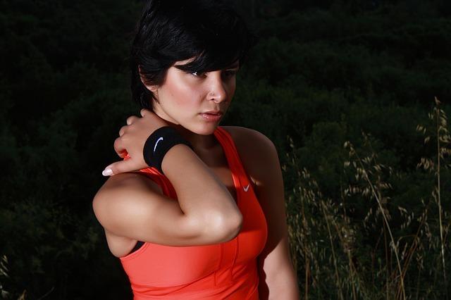 黒髪ベリーショートはおしゃれ度満点!おすすめのアレンジやメイクのポイントは?