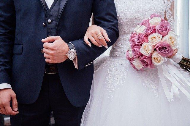 結婚式のムービーが自作できるアプリを紹介!初心者でもスマホで簡単に!