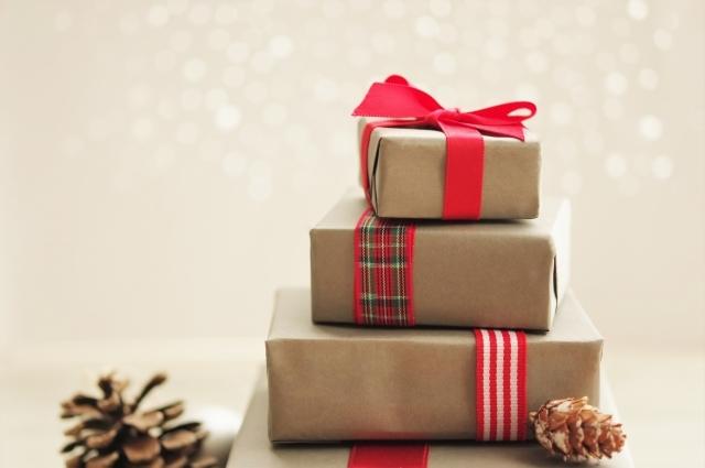 彼女へのクリスマスプレゼント特集!学生や社会人の予算別におすすめを紹介!