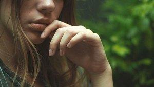 上唇が厚い人と薄い人の性格や特徴は?男女の違いや恋愛傾向も紹介!