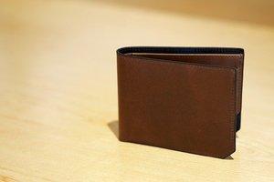 100均の財布はコスパ良し!ダイソーやセリアで人気の財布を一挙紹介!